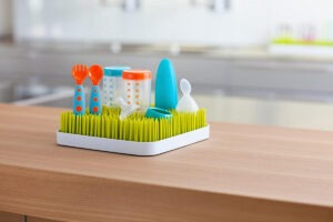 How to Clean Dish Rack with Vinegar